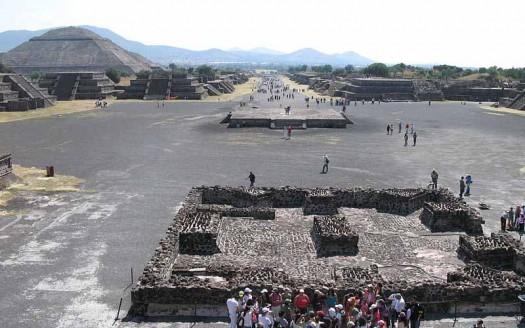 Teotihuacán, México - Ljuba brank at Slovenian Wikipedia