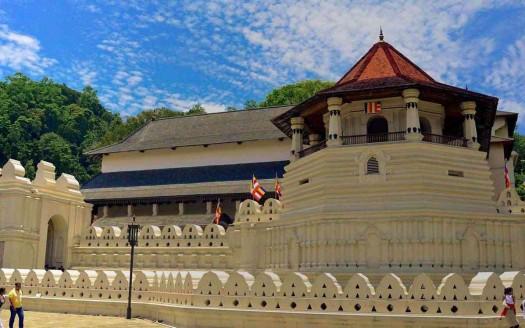Templo sagrado del Diente de Buda, Kandy (Sri Lanka)