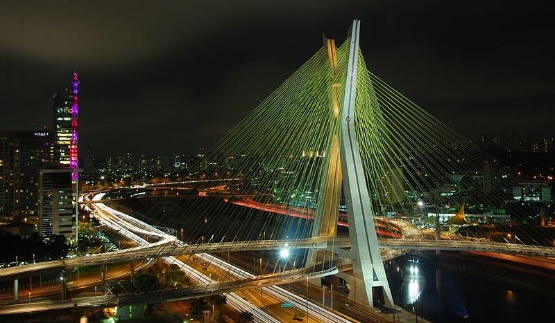 Puente de Octavio Frias, São Paulo (Brasil) - Marcosleal | namasteviajes.com