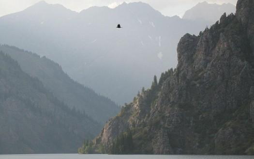 Lago Sarychelek, Kirguistán - Firespeaker | namasteviajes.com