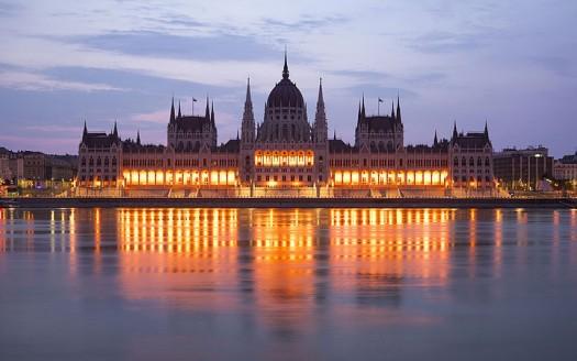 Parlamento de Hungría, Budapest (Hungría) - Andrew Shiva / Wikipedia / CC BY-SA 4.0 | namasteviajes.com