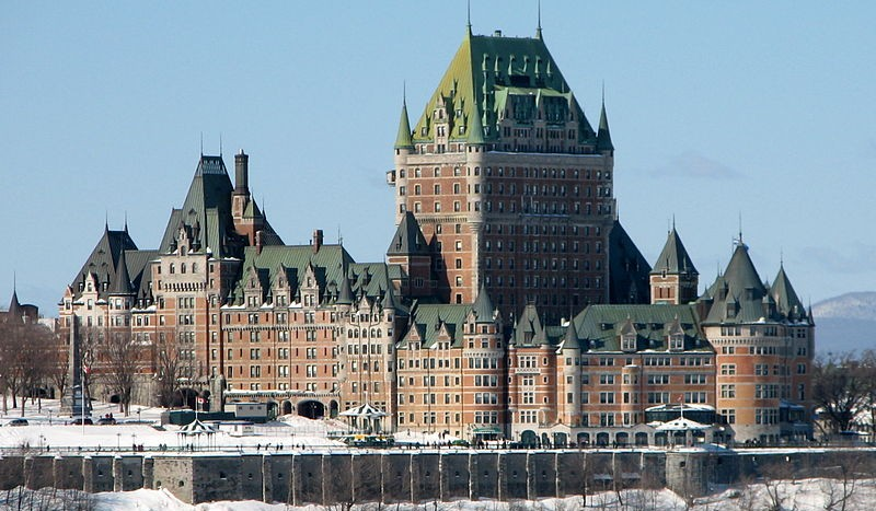 Chateau Frontenac, Quebec (Canadá) - Bernard Gagnon Creative Commons Attribution-Share Alike 3.0 Unported, 2.5 Generic, 2.0 Generic and 1.0 Generic | namasteviajes.com