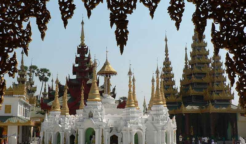 Pagoda de Shwedagon, Myanmar - YashiWong | namasteviajes.com