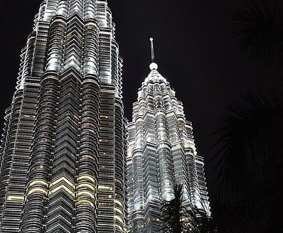 Torres Petronas, Kuala Lumpur (Malasia) - Dcubillas, Creative Commons Attribution-Share Alike 3.0 Unported | namasteviajes.com