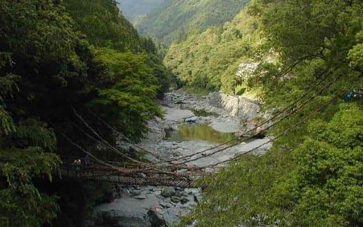 Iya, Japón - User: (WT-shared) Jpatokal at wts wikivoyage | namasteviajes.com
