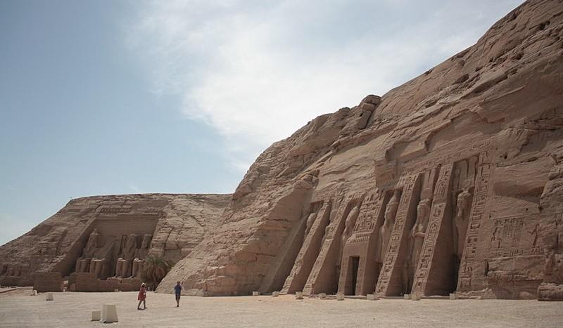 Abusimbel, Egipto - Kemetphysics, Creative Commons Attribution-Share Alike 4.0 International   namasteviajes.com