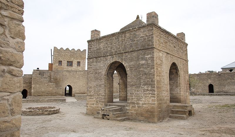 Templo de Fuego, Ateshgah (Azerbaiyán) - Nick Taylor, Creative Commons Attribution 2.0 Generic | namasteviajes.com