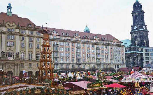 Striezelmarkt, Dresde (Alemania)  SchiDD, Creative Commons Attribution-Share Alike 4.0 International license