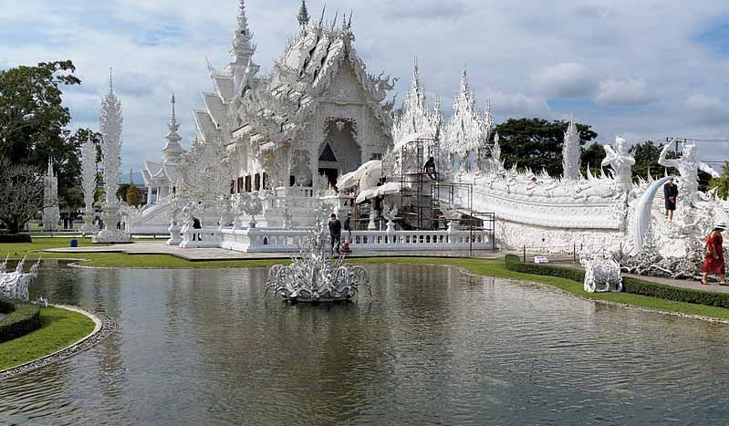 Templo Blanco, Chiang Rai (Tailandia) - Jakub Halum, Creative Commons Attribution Share-Alike 4.0 Internacional license | namasteviajes.com