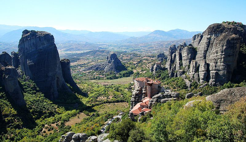 Meteora, Grecia - Takeaway at the English Wikipedia | namasteviajes.com