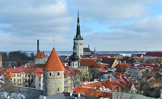 Tallinn, Estonia - Ivar Leidus (lifar), Creative Commos Attribution-Share Alike 3.0 Estonia license   namasteviajes.com