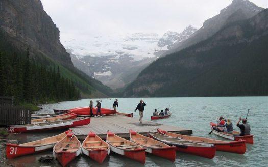 Lake Louise, Canadá - CC BY SA 2.0, see below, per license provided at Flickr | namasteviajes.com