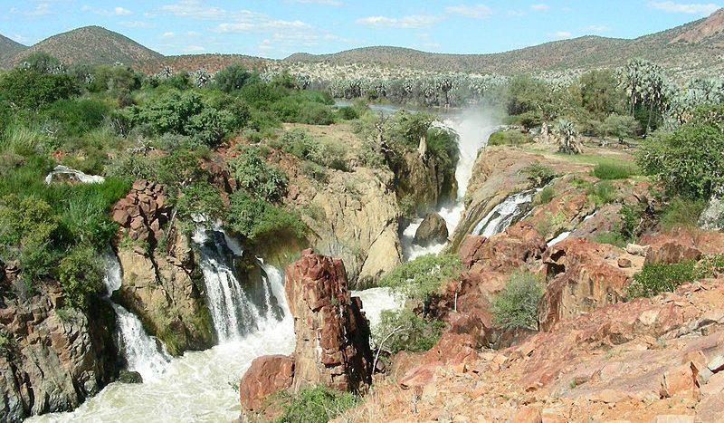 Epupa Falls, Namibia - Theodor Bosch Creative Commons Attribution-Share Alike 4.0 International license. | namasteviajes.com